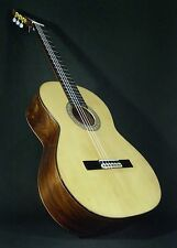 SPANISH GUITAR. FLAMENCO NEGRA.  LUTHIER JUAN NOGUERO. GUITARRA. HARD CASE