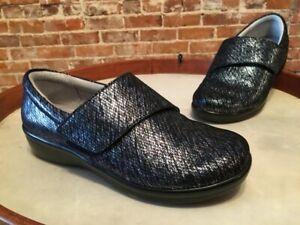 Alegria Pewter Tread Leather Lauryn Cross Strap Slip-on Shoe 39 9 NEW