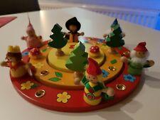 Geburtstagskranz goki mit Figurenset Holz Geburtstagsdeko 14-teilig