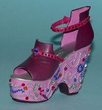 "Just the Right Shoe, Raine, ""Mardi Gras"" mixed media miniature # 25103 Coa Nib"