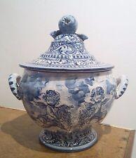 ZUPPIERA in ceramica di Albisola BIANCO BLU - V.M. ALBISOLA con putti, castello