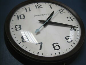 Vintage General Electric Working School Wall Clock w Bubble Domed Glass