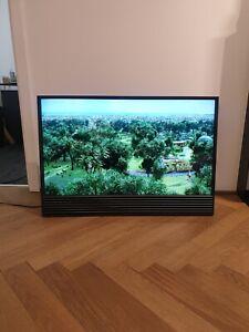 "Bang & Olufsen Beovision Horizon - 40"" - 4K Smart TV with Easel - Black"