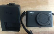 Nikon 1 J3 14.2MP FULL HD Digitalkamera - Schwarz