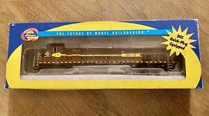 Athearn DM&IR SD45T-2 419 Model Train Locomotive Engine  HO Scale DCC Quick Plug