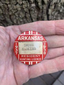 1937-1938 Arkansas resident Hunting license pinback badge SUPER NICE