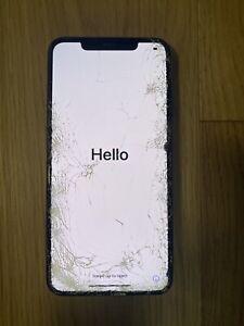 iPhone 11 Pro Max 64Go Vert nuit - Bloqué iCloud - PIÈCES