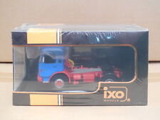 1/43 IXO TR011   MAN 16.320 Truck  Blue / Red
