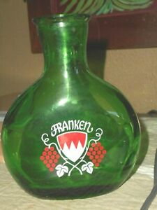 FRANKEN Green GLASS GERMAN WINE BOTTLE GRAPES AND LOGO Germany GREAT CONDITION