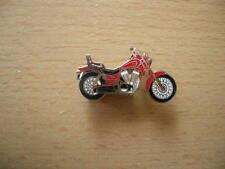 Pin Anstecker Suzuki 1400 Intruder rot red Motorrad 0080 Spilla Badge Motorbike