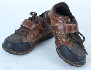 Carters Shotgun II Toddler Boys Brown Shoes Size 9 M Hook Loop and Tie Close