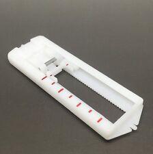 Botón Agujero Pie deslizante para máquinas de coser doméstica Snap en Presser UK