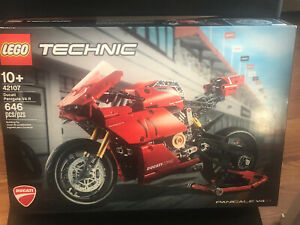 """LEGO TECHNIC """"DUCATI Panigale V4 R"""" 42107 (646 Pieces) Factory Sealed"""