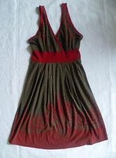 Robe d'été dos nu kaki et rouge. taille 36/38