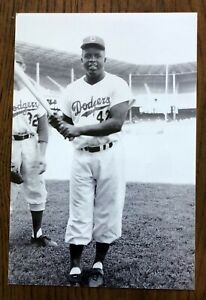 Lot of 20 1956 Brooklyn Dodgers photos. Jackie Reese Koufax Hodges Snider Roy C