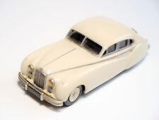 "Jaguar MK VII in creme ""Mom I"", Handarbeit handmade / Marque One Models in 1:43!"
