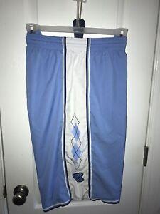 North Carolina UNC basketball shorts Size L