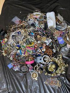 Job Lot Jewellery And Accessorise 10kg