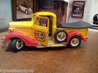 Camión Maqueta modelo transporte siglo XX metalico juguete regalo escala vitrina