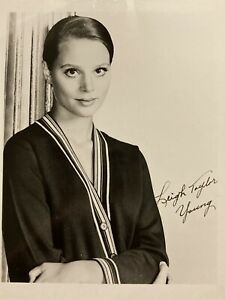 Leigh Taylor Young 4x5 Publicity Photo Actress (Soylent Green, Jagged Edge)