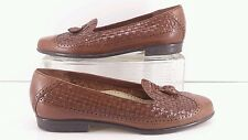 Trotters Brown Leather Woven Tassel Loafers.  Size 6 N.