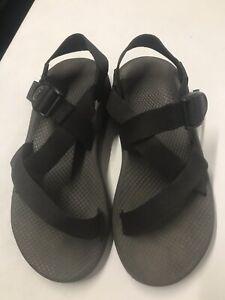 Men's Chaco Z/Cloud black ankle strap toe loop hiking & water sandals 9 / 42