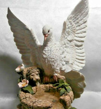 "COUNTRY ARTISTS  ""FOUNTAIN OF PEACE"" DOVE 24 cm TALL  BY BARRY PRICE NEW&BOXED"