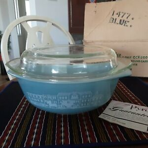 Australian agee Pyrex 2 Pint blue Round Casserole And Cover box and papers retro