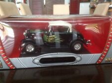 1:18 Diecast 1932 Ford Hot Rod W/ Flames