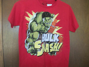 Marvel Heroes Hulk Smash graphic T-Shirt NWT S or M  or XL