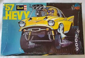 VINTAGE 1970 REVELL DAVE DEALS WHEELS 57 cHEVY 1/25 MODEL KIT