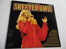 "SKEETER DAVIS , YOU'VE GOT A FRIEND . 12"" 33rpm VINYL LP RECORD . COUNTRY ."