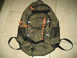 Dakine 13 Litre Rucksack / Backpack hardly used
