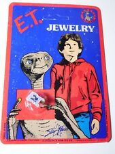 NEW VINTAGE 1982 E.T. THE EXTRA TERRESTRIAL MOVIE ET GOLD TONE RING CARD CARDED