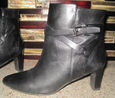 Ralph Lauren Nadia Size 7-1/2 M Black Leather Ankle Boots with Zipper