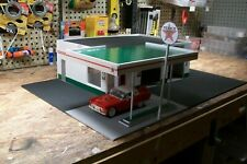 1:18  TEXACO 2 BAY STATION W/ AWNING, HAND MADE DIORAMA cbcustomtoys