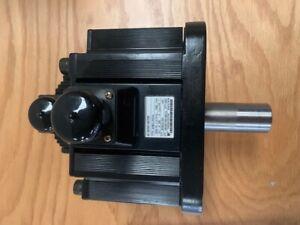Yaskawa AC Servo Motor : Type - SGMG 20A/2A   200V/ 16.7A / 1800W