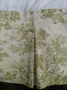 Pottery Barn Matine Green Toile Pleated Button Bed skirt - Full Size