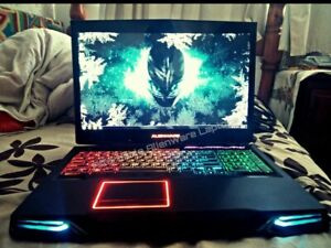 MAXED OUT 3D 120HZ NEBULA RED ALIENWARE M17X R4 i7 3.7GHZ CPU 32GB RAM HDD+SSD!