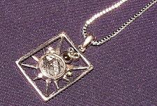 Anhänger Meteorit Muonionalusta mit 5 Peridot + Kette Silber  22x17x4mm 3,7g