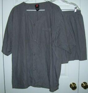 Hanes Men Pajamas2XLLarge Button Up Short Sleeve 55/45 Cotton/Poly Gray Shorts18