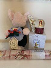 Disney classic pooh Piglet Chrismas snowglobe, plush wrapping paper New Vintage