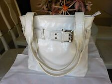 ORIGINAL THE TREND Women's Off White Small Leather Hand Bag - Made in Italy