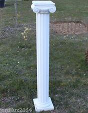 Statue, colonne romaine en pierre reconstituée, H: 118 cm., ton pierre blanche