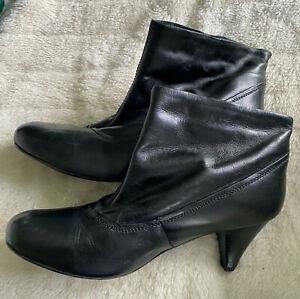 Women's ladies Black Boots Size 7 Uk