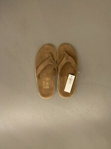 Island Slipper in Taupe Suede