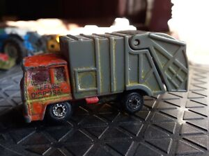 Unboxed Matchbox No36, Refuse Truck