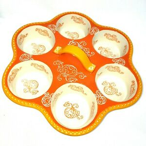 Temptations Round Muffin Pan with Handle ~ Floral Lace ~