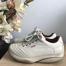 Gorgeous Ladies MBT Beige Textile Leather Lace Up Casual Trainer Size 5.5 Great!
