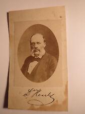 Dr. Richard Heschl als Mann mit Bart und Brille - Portrait / Foto